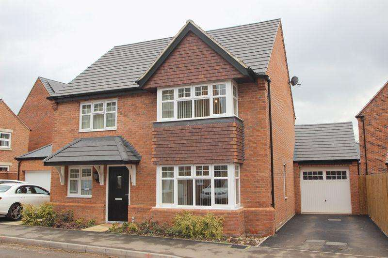 4 Bedrooms Detached House for sale in Roebuck Road, Stratford-Upon-Avon