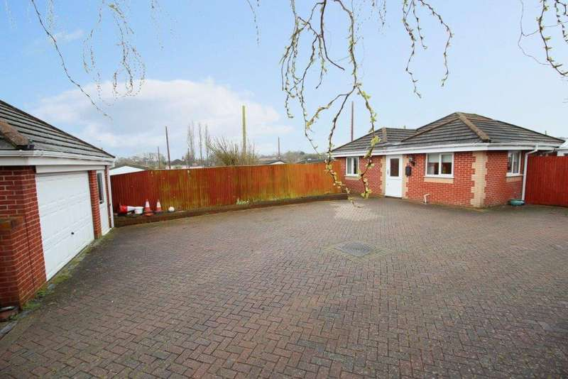 3 Bedrooms Detached Bungalow for sale in Kingscopse Avenue, Hedge End SO30