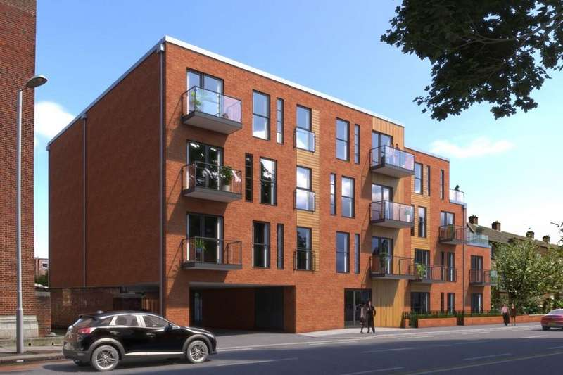 3 Bedrooms Apartment Flat for sale in New Malden