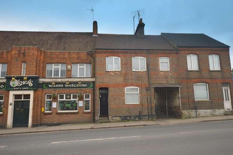 Studio Flat for sale in Castle Street, Luton, Bedfordshire, LU1 3AL
