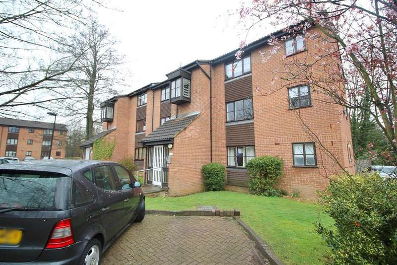 Studio Flat for sale in Firbank Close, Enfield