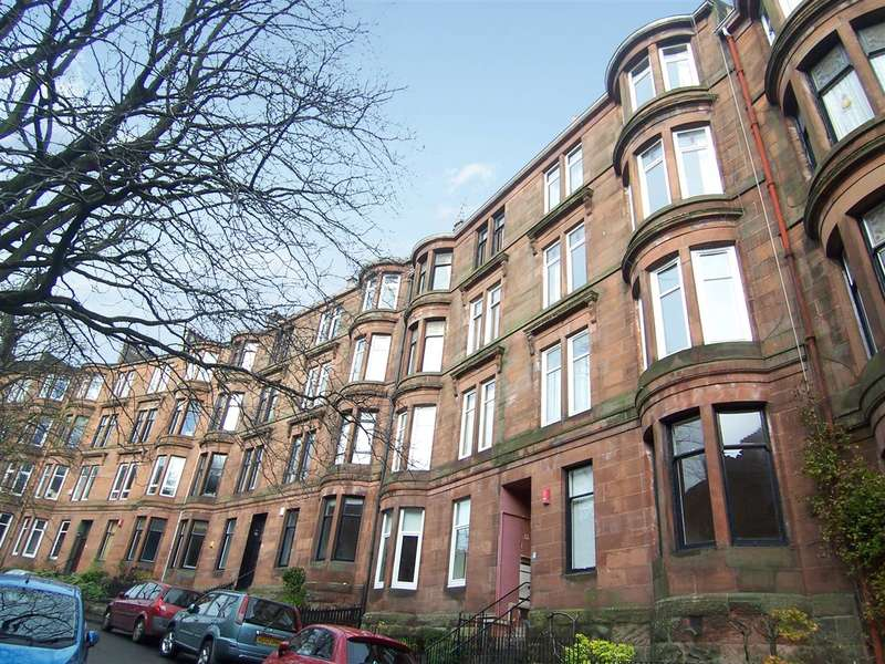 2 Bedrooms Flat for rent in Caird Drive, Glasgow