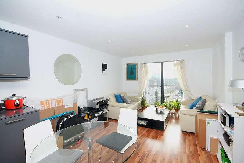 2 Bedrooms Flat for sale in Kings Quarter, N1