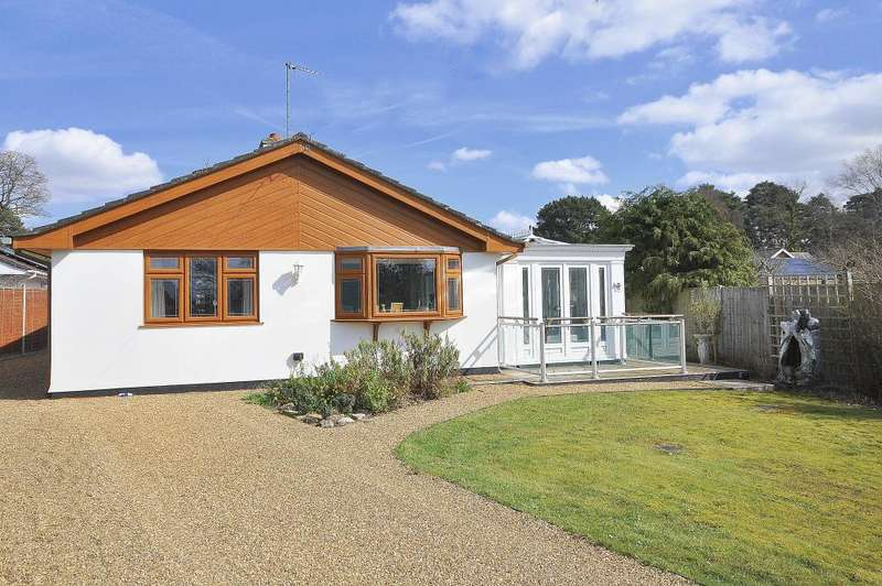 3 Bedrooms Detached Bungalow for sale in St Leonards, Ringwood, BH24 2LU