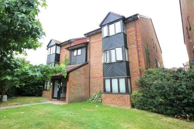 1 Bedroom Apartment Flat for sale in Hawthorne Crescent, West Drayton