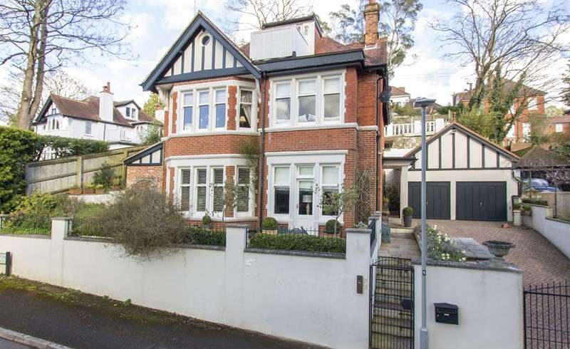 5 Bedrooms Flat for sale in Eaton Road, Branksome Park, Poole