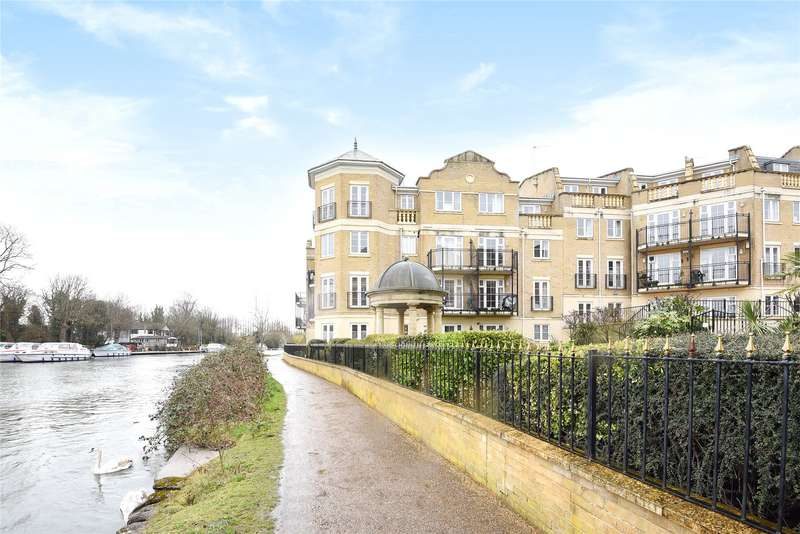 2 Bedrooms Apartment Flat for sale in Regents Riverside, Brigham Road, Reading, Berkshire, RG1
