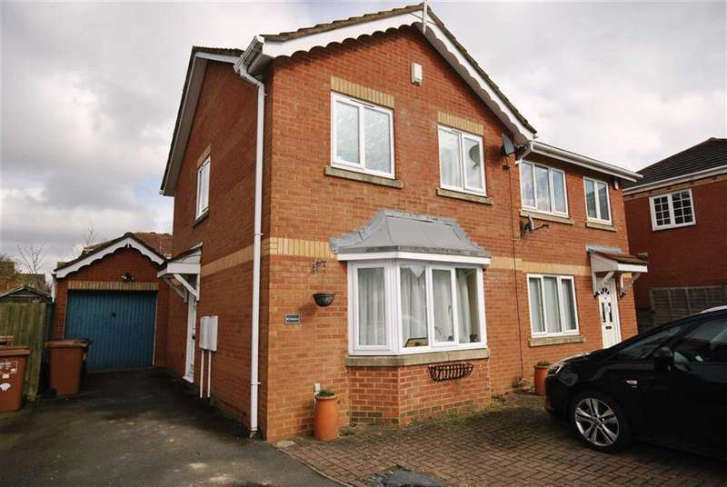 3 Bedrooms Semi Detached House for sale in Wootton Fields