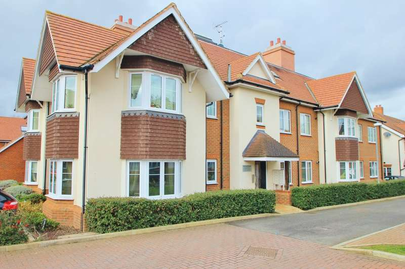 2 Bedrooms Ground Flat for sale in Esher