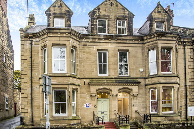 6 Bedrooms Property for sale in Bondgate Without, Alnwick, NE66