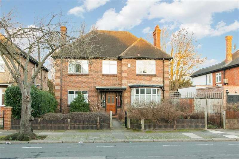 4 Bedrooms Detached House for sale in Creswick Road, London