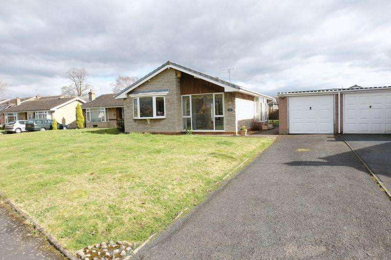 2 Bedrooms Detached Bungalow for sale in Longmynd Way, Stourport-On-Severn DY13 0AZ