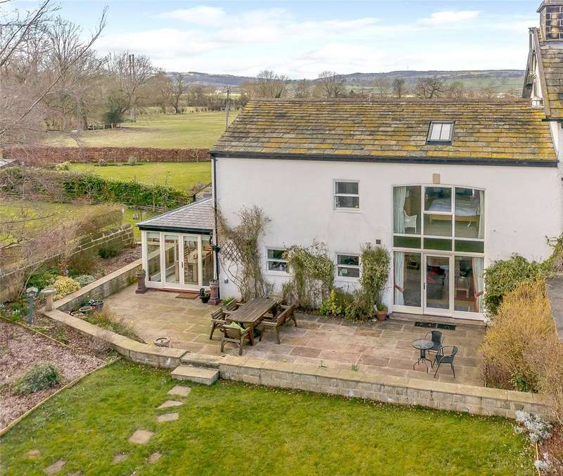 4 Bedrooms Barn Conversion Character Property for sale in Pool Crook Farm, Arthington Lane, West Yorkshire