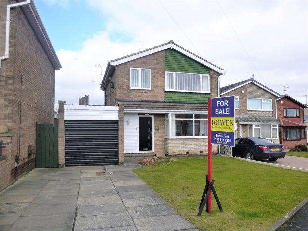 3 Bedrooms Detached House for sale in MARLBOROUGH ROAD, HASTINGS HILL, SUNDERLAND SOUTH