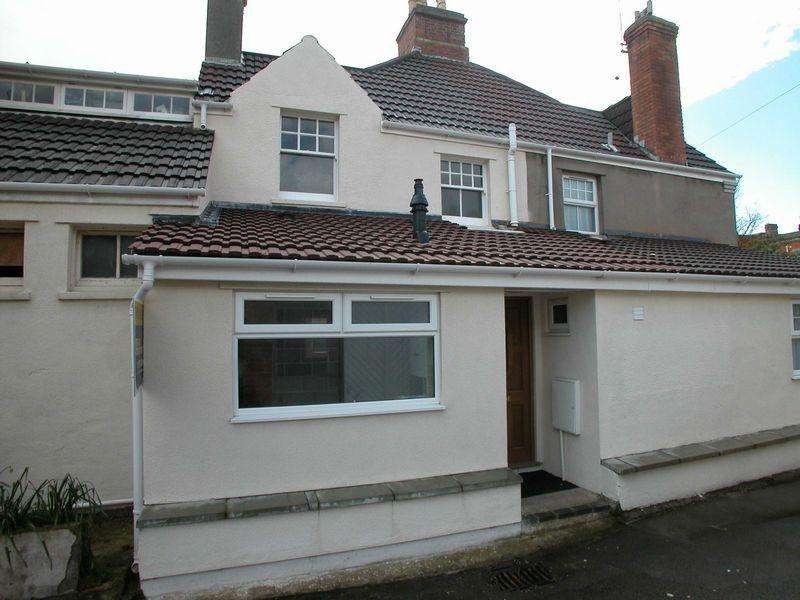 2 Bedrooms Terraced House for rent in Hall Terrace, Burnham on Sea, Burnham-On-Sea