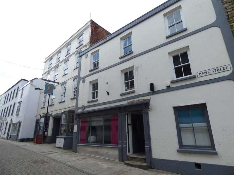 Commercial Property for rent in Bank Street, Chepstow