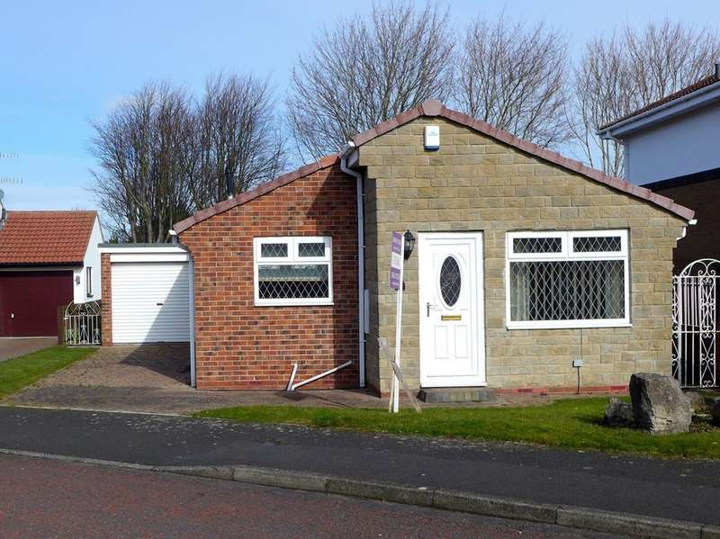 3 Bedrooms Bungalow for sale in Moss Crescent, Crawcrook, NE40