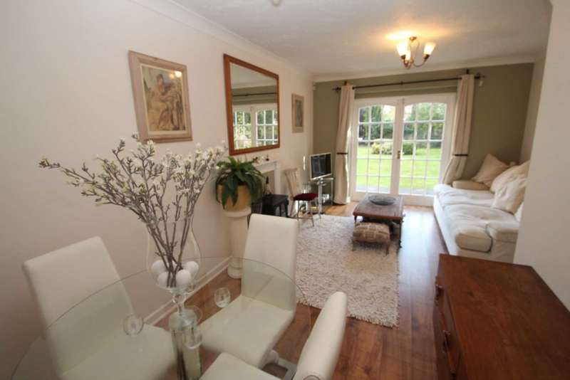 2 Bedrooms House for sale in The Street, Brundall