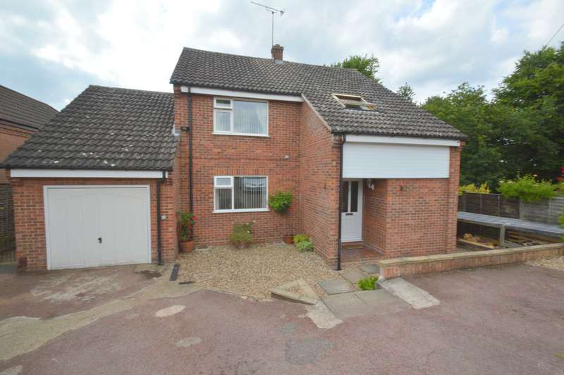 4 Bedrooms Detached House for sale in Valley View Crescent, New Costessey