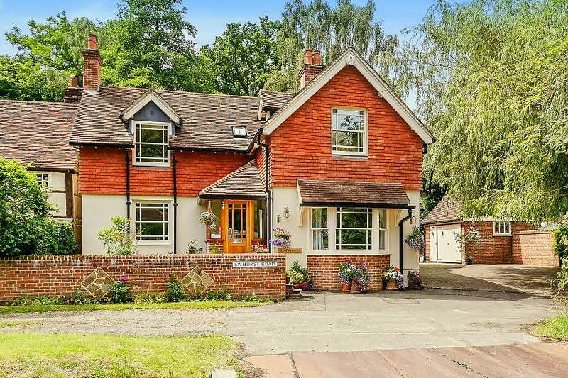 4 Bedrooms Detached House for sale in Peaslake