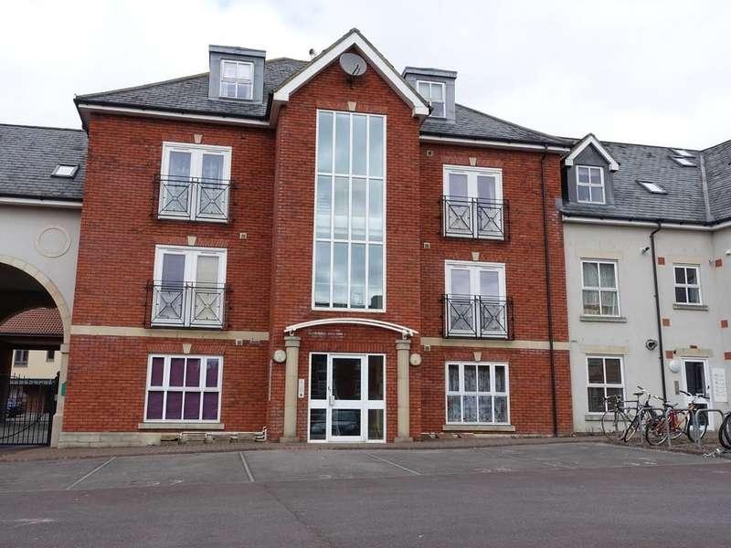 2 Bedrooms Flat for sale in Trowbridge, Wiltshire