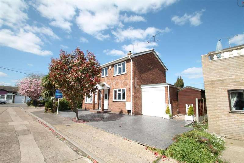 4 Bedrooms Detached House for rent in Newlands Road