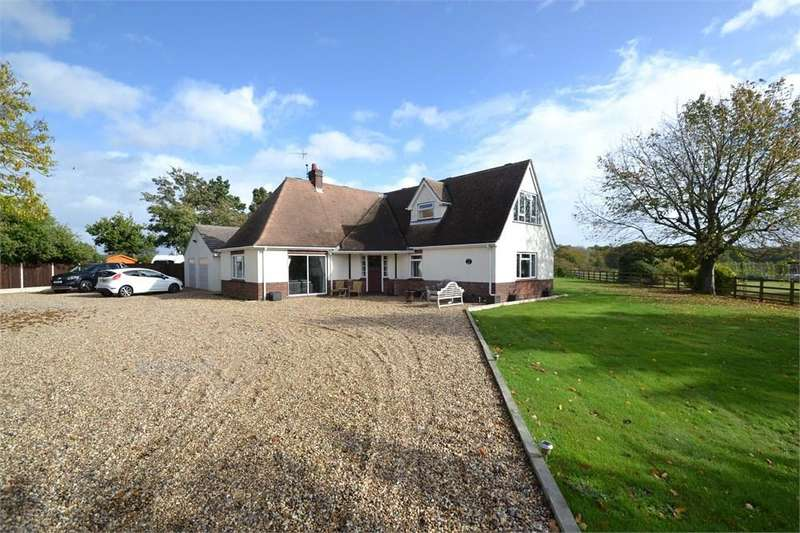 4 Bedrooms Chalet House for sale in Alresford Road, Wivenhoe, Colchester, CO7