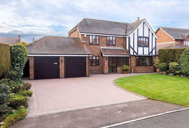 4 Bedrooms House for sale in Oakwood Close, Lichfield