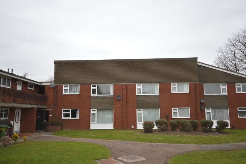 1 Bedroom Flat for sale in Queens Drive, Enderby, Leicester, LE19
