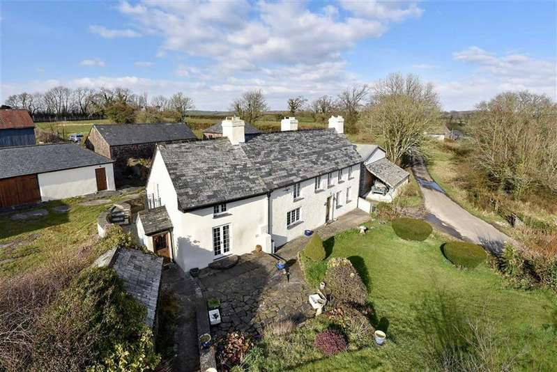 6 Bedrooms Detached House for sale in St Giles on the Heath, Launceston, Cornwall, PL15
