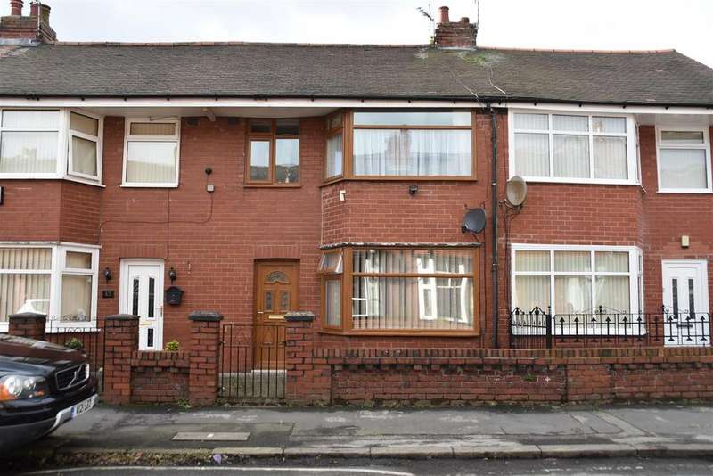 3 Bedrooms Terraced House for sale in Briercliffe Road, Chorley