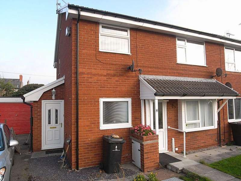 2 Bedrooms Flat for rent in Harp Court, Abergele