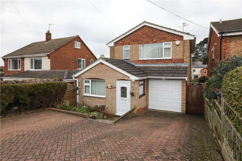 3 Bedrooms Detached House for sale in Central Road, Bromsgrove, B60