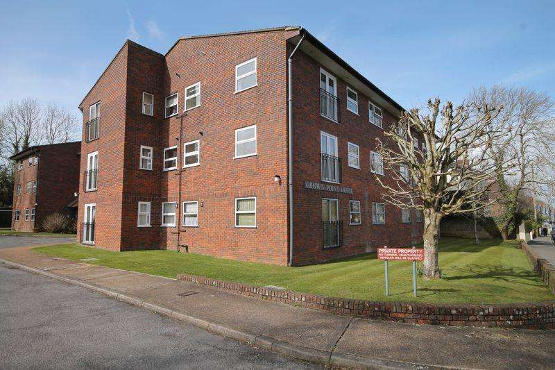 2 Bedrooms Apartment Flat for sale in Woodsland Road, Hassocks, West Sussex,