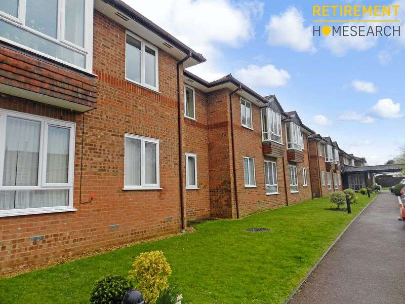 1 Bedroom Property for sale in Dene Court, Cowplain, PO8 8HD