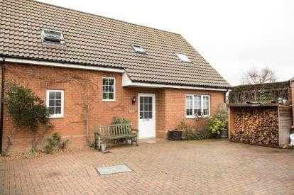 3 Bedrooms Detached House for sale in Garner Close, Northill, Biggleswade, Bedfordshire