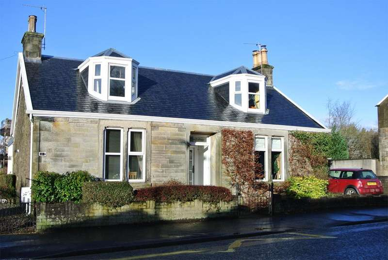 1 Bedroom Flat for sale in 45A Commercial Road, Strathaven, ML10 6LX
