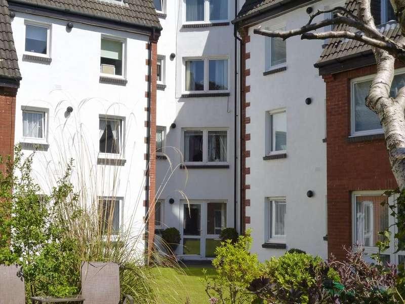 1 Bedroom Flat for sale in 34 Homemount House, Gogoside Road, Largs, KA30 9LS