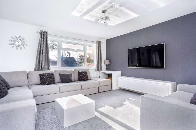 4 Bedrooms Detached House for sale in High Beeches, Banstead, Surrey, SM7