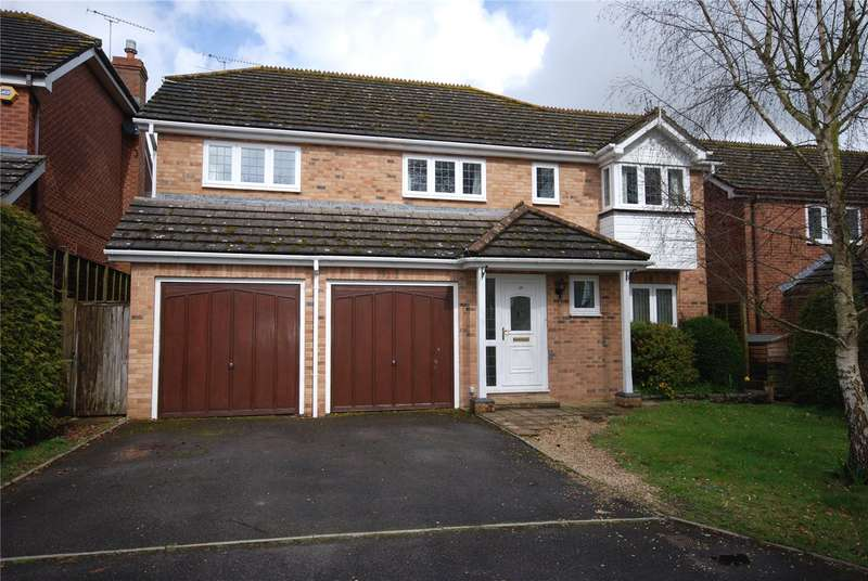 4 Bedrooms Detached House for sale in Norton Drive, Ford, Salisbury, Wiltshire, SP4