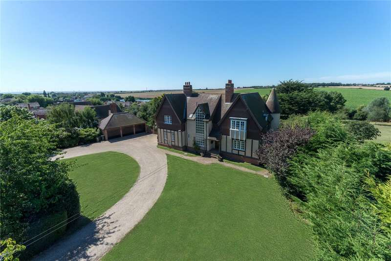 4 Bedrooms House for sale in First Avenue, Frinton-on-Sea, Essex, CO13