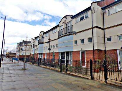 1 Bedroom Flat for sale in Brunswick Mews, Birkenhead, Merseyside, CH41