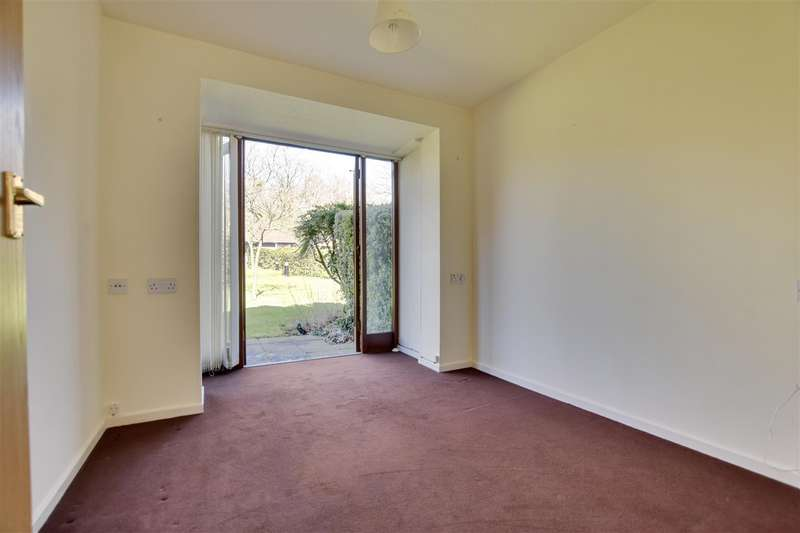 2 Bedrooms Terraced House for sale in Willow Walk, Redhill