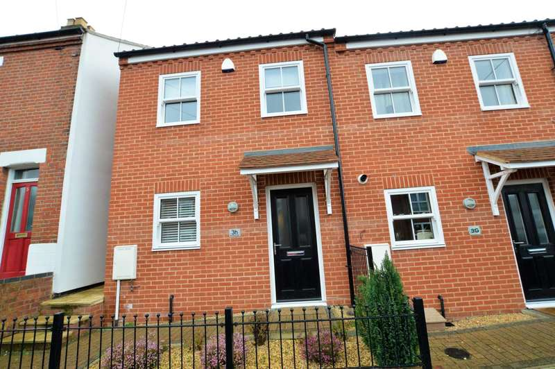 2 Bedrooms House for sale in Branford Road, North City