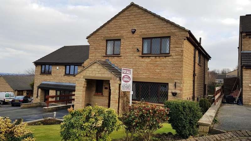 4 Bedrooms Detached House for sale in Northedge Meadow, Idle,