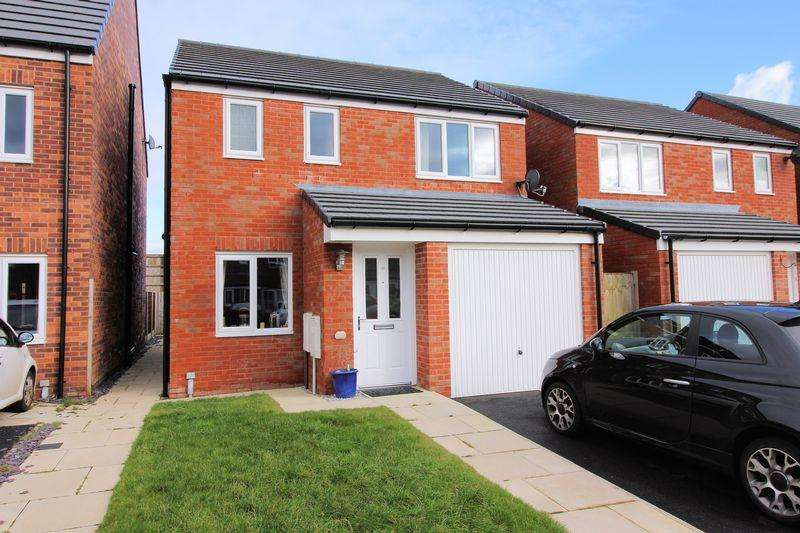 3 Bedrooms Detached House for sale in Gate Lane, Radcliffe