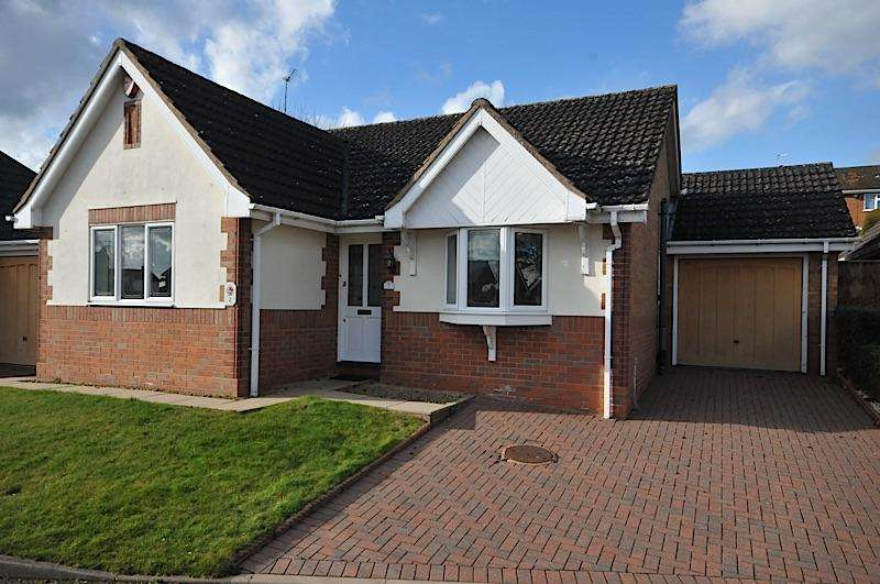 2 Bedrooms Detached Bungalow for sale in WOLLASTON - Blue Cedars