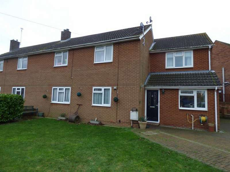 4 Bedrooms Semi Detached House for sale in Swingate Avenue, Cliffe, Rochester