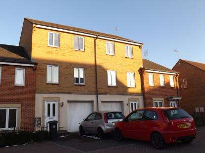 5 Bedrooms Terraced House for sale in Cropthorne Road South, Horfield, Bristol