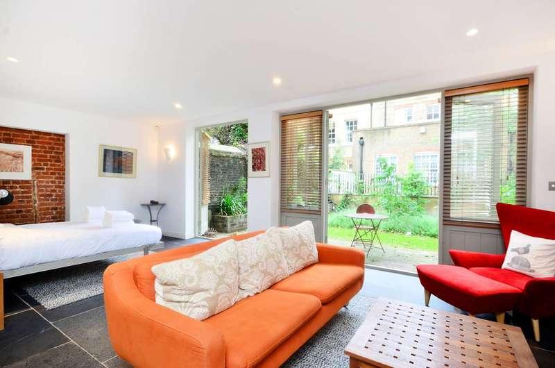 Studio Flat for rent in Johns Mews, Bloomsbury, WC1N